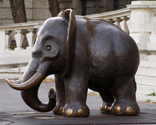 Kumpf Der große Elefant