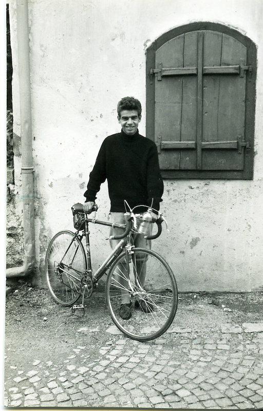 Gottfried Kumpf 1954 mit Rennrad