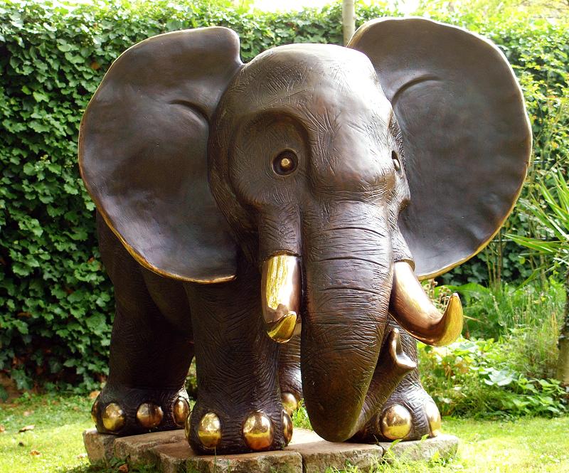 Gottfried Kumpf Elefant