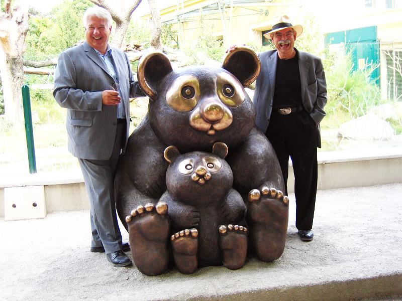 Gottfried Kumpf großer Panda mit Jungem